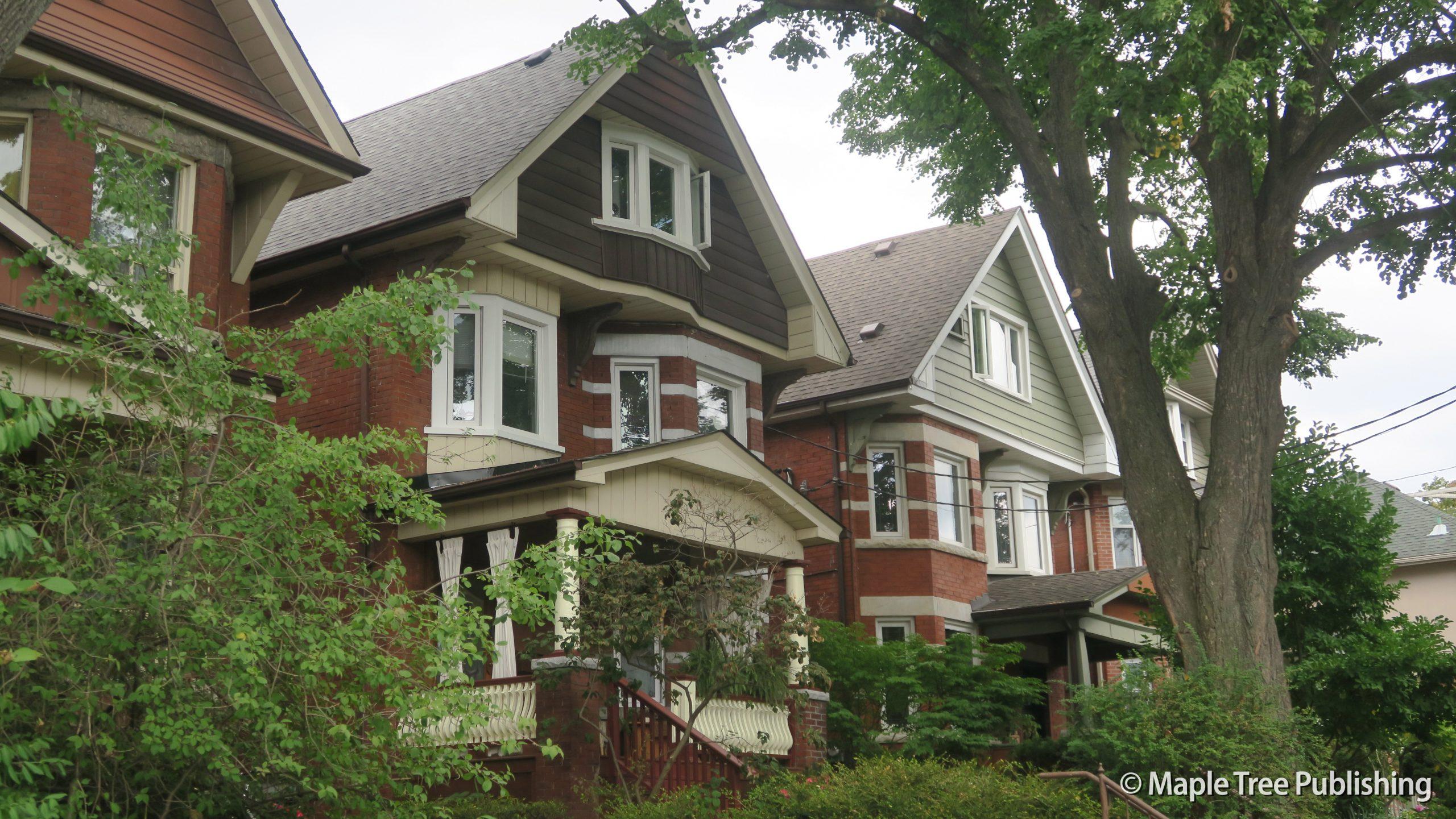 Toronto Neighbourhood Guide
